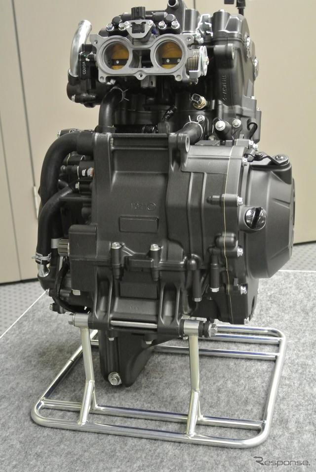 Honda представили новый двигатель 400 см3